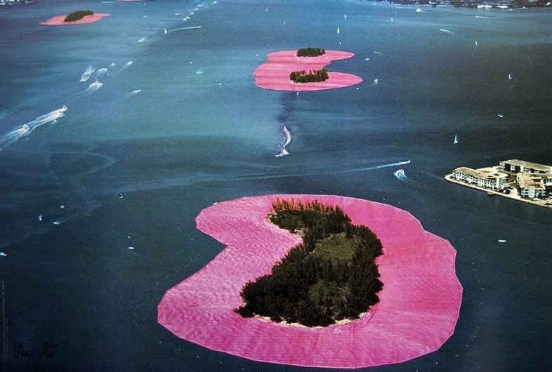 Christo and Jeanne-Claude – Surrounded Islands, 1983