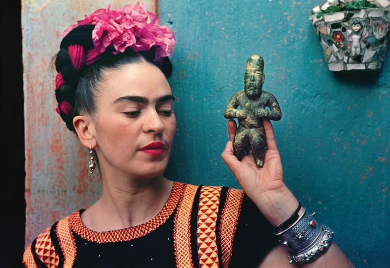 frida kahlo mexico artist making her self up v&a exhibition