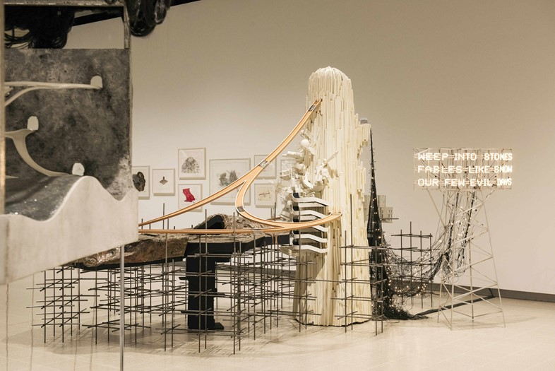 07 Installation view of Lee Bul Mon grand récit_