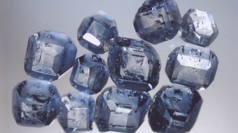 2 - diamonds made from human ashes 2