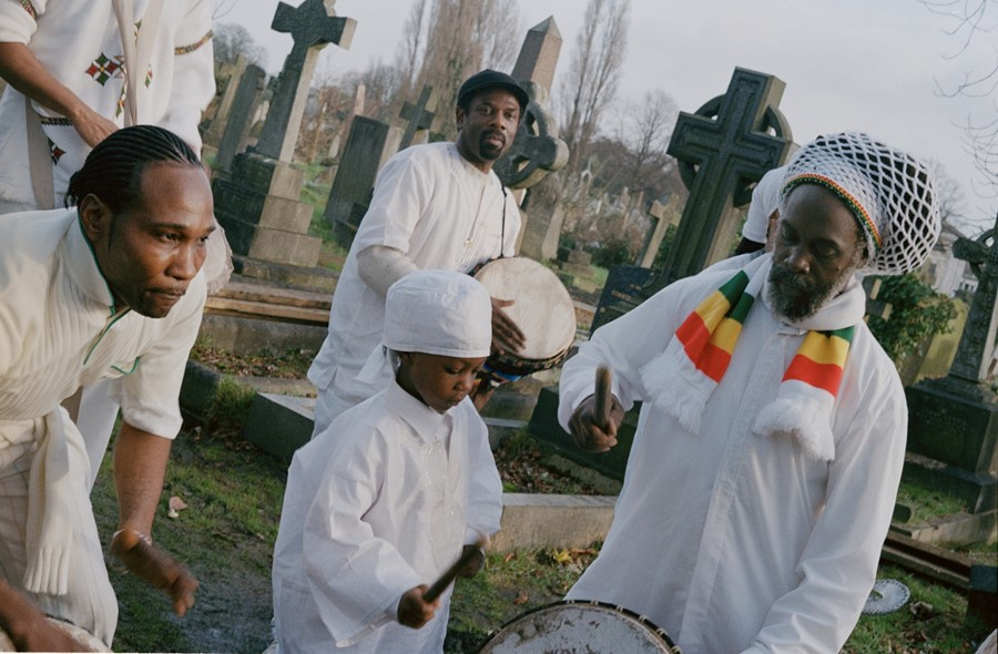 caribbean culture revival zion The present study examined differences in reports of spirituality among african americans, caribbean blacks (black caribbeans), and non-hispanic on the emergence and transformation of european-based christian and quasi-christian sects (eg, spiritual baptists, revival zion) within the caribbean.