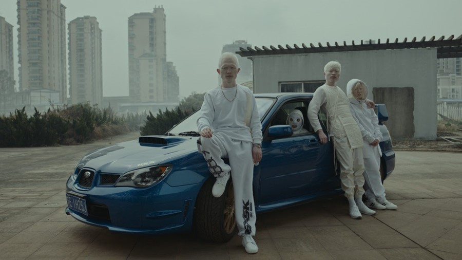 Romain Gavras directs Jamie xx's new video