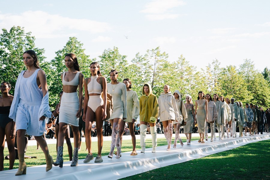 Yeezy Season 4 Show New York Womenswear SS17 Dazed