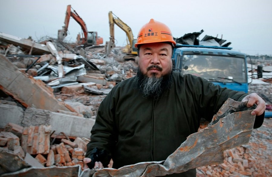 Chinese artist Ai Weiwei says authorities demolished Beijing studio