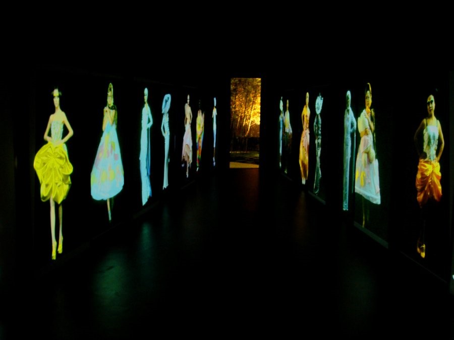 Video installation of Dior shows by Wang Gongxin